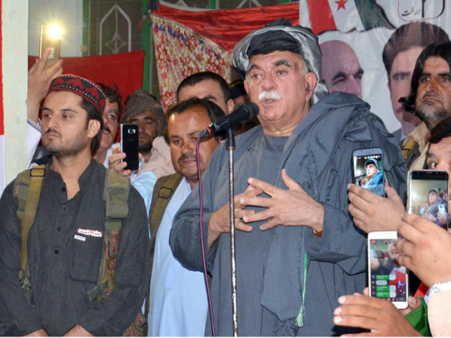 Pashtoonkhwa Milli Awami Party chief Mehmood Khan Achakzai addresses a public gathering in Quetta. PHOTO: EXPRESS