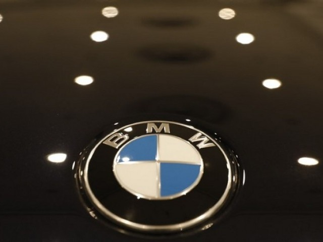 The BMW logo is seen on a vehicle at the New York Auto Show in the Manhattan borough of New York City, New York, US, March 29, 2018. PHOTO: REUTERS