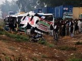 hyderabad-bus-accident-collission-photo-online-2-2-2