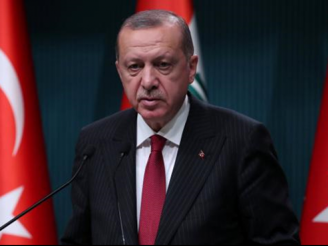 U.S.  threatens more sanctions in Turkey crisis