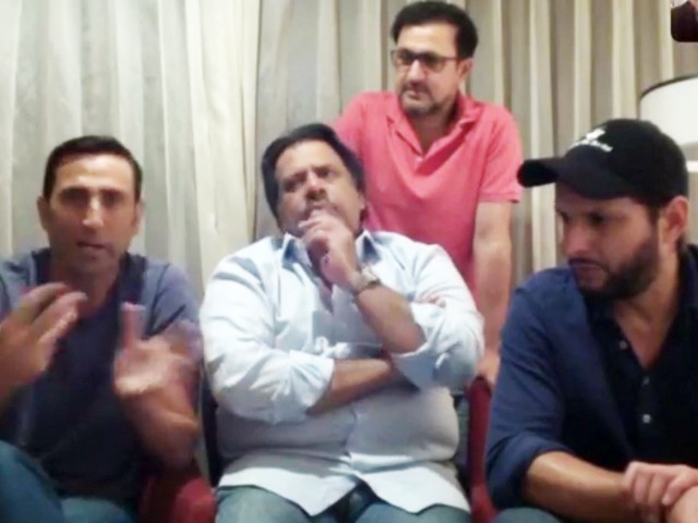 Afridi, Younis, Jahangir say they are ready to play a role, if asked by PTI govt. PHOTO: EXPRESS