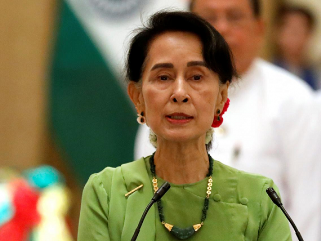 She should have stepped down as the leader of the country given the situation, says outgoing UN  rights chief.  PHOTO:REUTERS