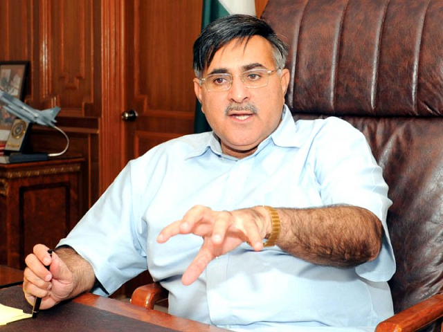 Balochistan CM Kamal had filed an election petition against Bhootani and others who had contested the election for the Lasbela-Gwadar seat in the election tribunal.  PHOTO:EXPRESS