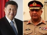 Army chief Gen Qamar Javed Bajwa with Chinese President Xi Jinping. PHOTO:  EXPRESS/FILE