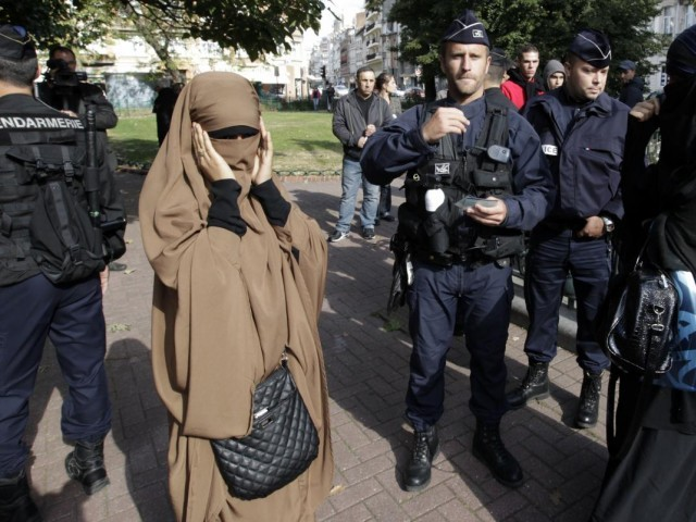 France's niqab ban violates human rights, United Nations committee says