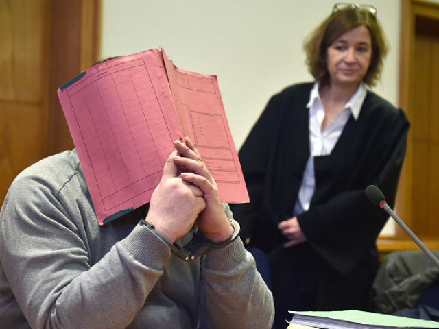 German nurse admits killing 100 patients in his care