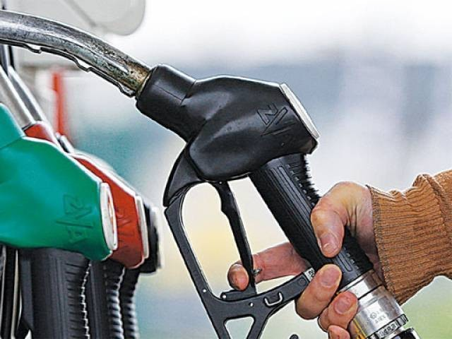 Petrol price set to drop (but diesel will go up), says AA…