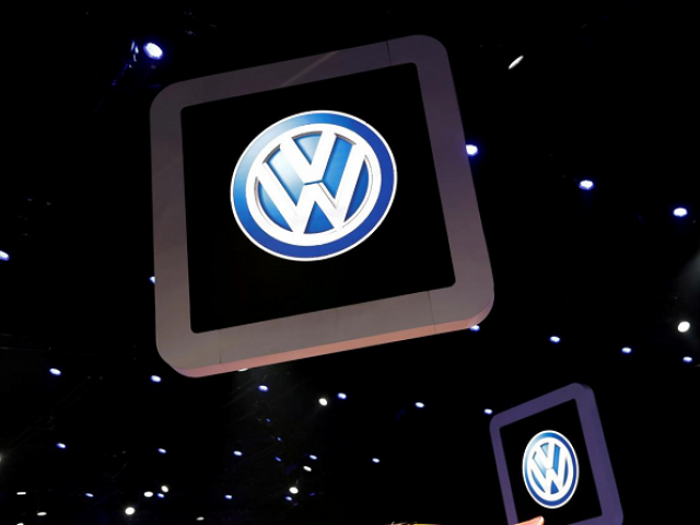 Volkswagen logos are pictured during the media day of the Salao do Automovel International Auto Show in Sao Paulo, Brazil November 6, 2018. PHOTO: REUTERS