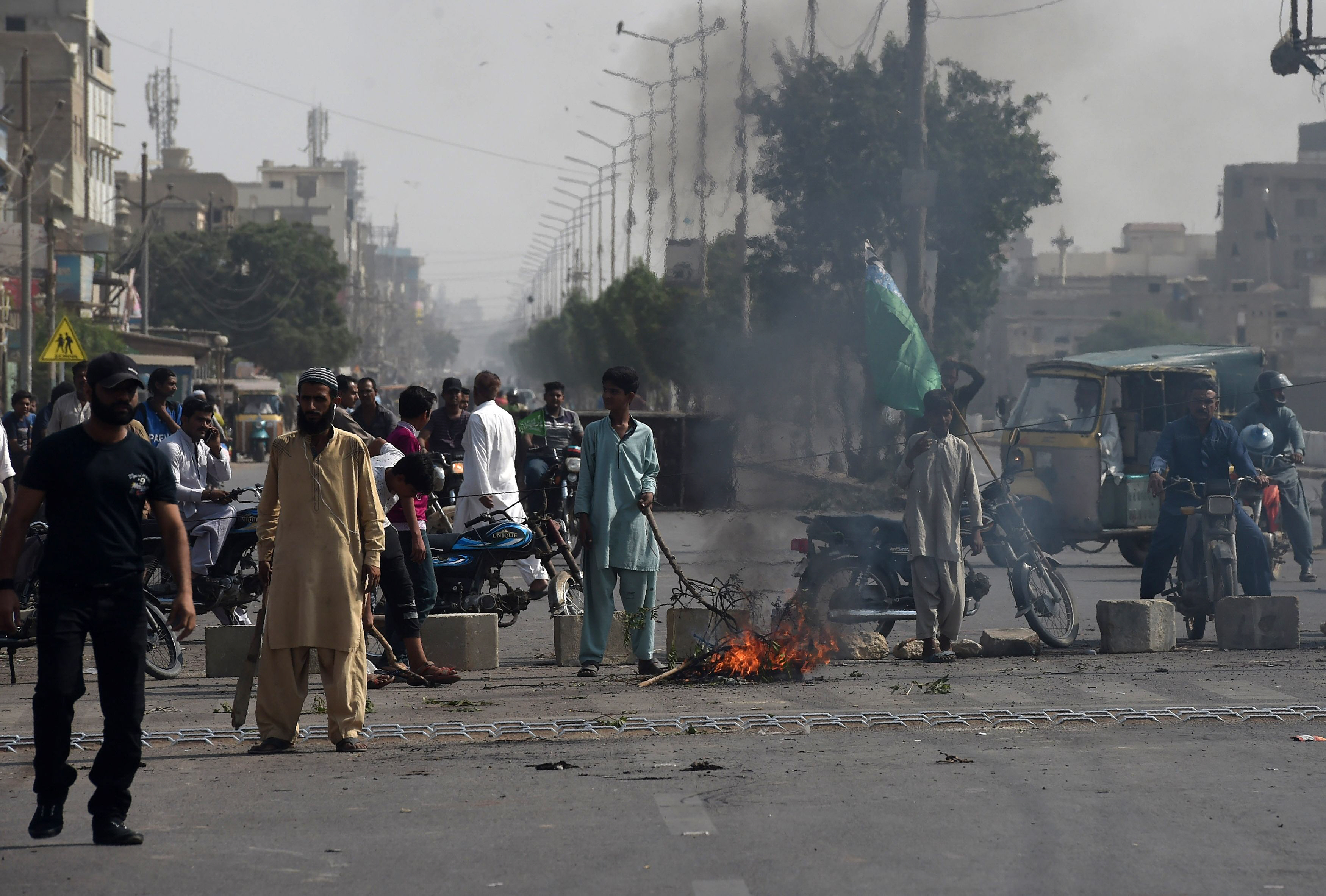 tlp-supporters-on-a-blocked-street-during-protests-photoafp-3