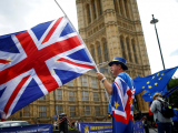 anti-brexit-demonstrators-wave-eu-and-union-flags-2