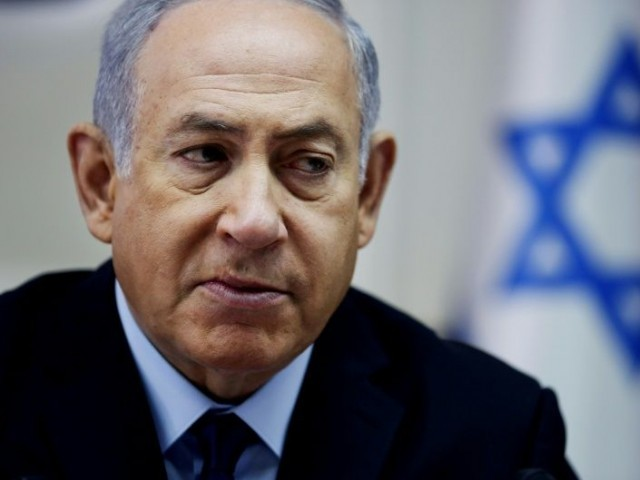 Netanyahu holds last-ditch talks to keep Israeli government together