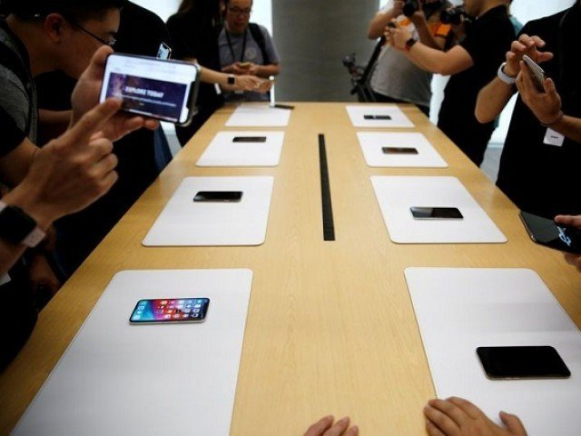 Apple cuts production orders for all new iPhones