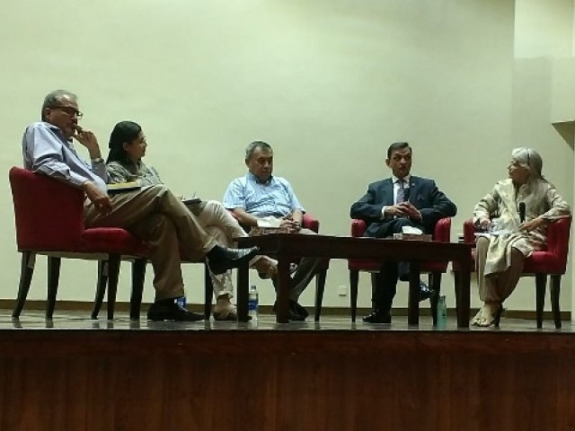 "Journalist Afia Salam, Hydrologist Dr Hassan Abbas, Urban Planner Dr Noman Ahmed , environmental practitioner Sana Baxamoos and Agriculturalist Faisal Hassan share panel discussion on ""Dialogue on Pakistan's water scarcity in the 21st century,"" at main campus Institute of Business Administration, Karachi. (Anticlockwise)"