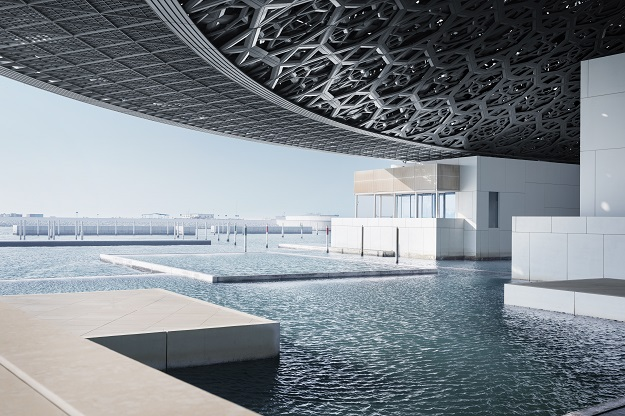View of the museum overlooking the sea. PHOTO: MOHAMED SOMJI via LOUVRE ABU DHABI