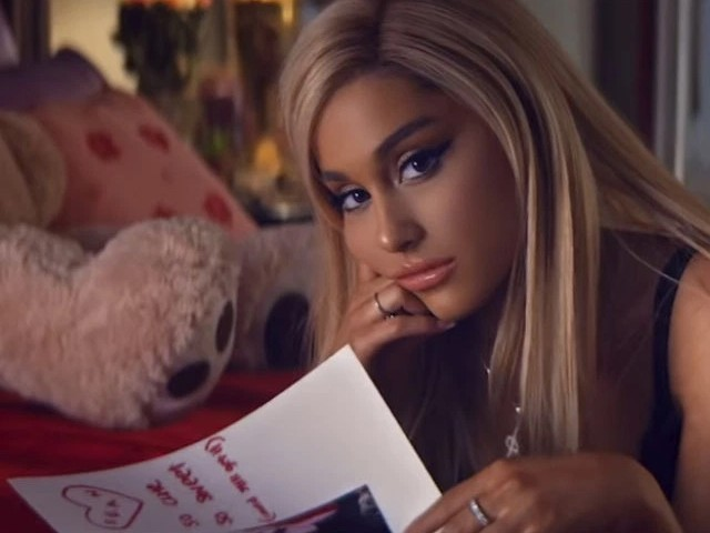 Why Ariana Grande only dates famous men
