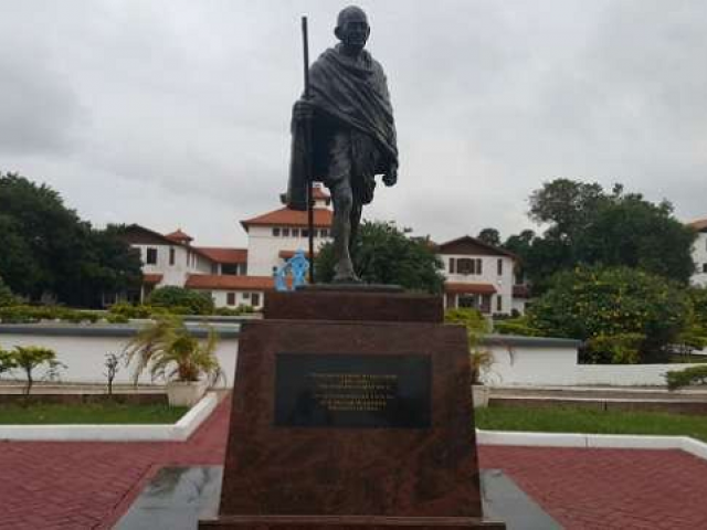 The statute was unveiled in June in the Legon campus of the University of Ghana. PHOTO:TWITTER/@PulseGhana
