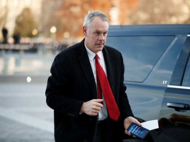 Trump announces Zinke to leave administration in surprise announcement