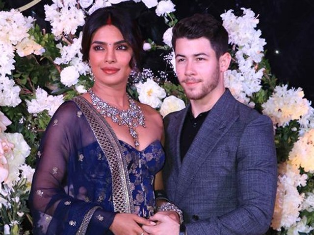 Priyanka and Nick look elegantly classy at their reception