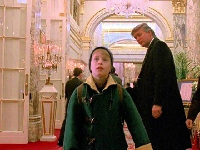 Screengrab of Donald Trump's cameo in Home alone 2
