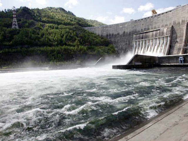 It seems that China has linked the inclusion of new energy projects, particularly hydel ones, with the completion of a joint study on Pakistan's power market. PHOTO: REUTERS