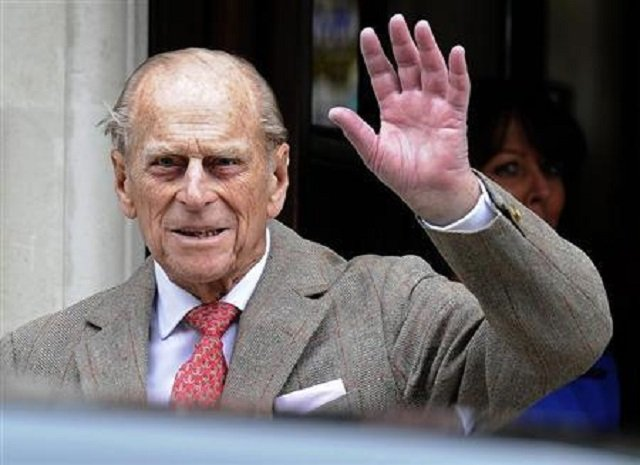 Prince Philip 'shocked and shaken' but uninjured after auto overturns in crash
