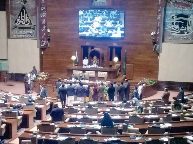 The proposed amendments to the LG law triggered an uproar from the Opposition lawmakers in the Sindh Assembly on Wednesday. PHOTO: PPI