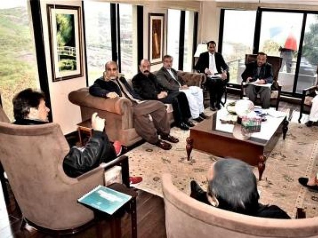 Prime Minister Imran Khan exchanging views with MNAs of Balochistan Awami Party. PHOTO: APP