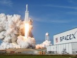 a-spacex-falcon-heavy-rocket-lifts-off-from-the-kennedy-space-center-in-cape-canaveral-3-2