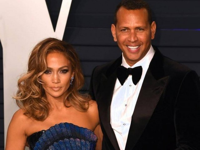 Jennifer Lopez Is Engaged to Alex Rodriguez