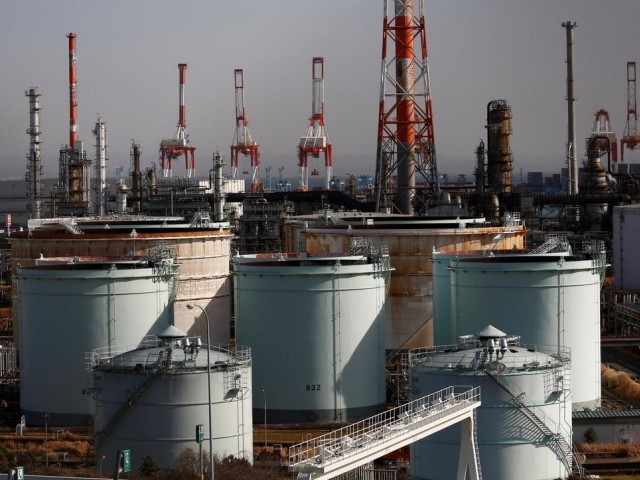 Oil hits four-months highs, Brent reaches $68 on tighter supply