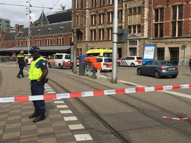 Multiple people injured in shooting in Dutch city of Utrecht