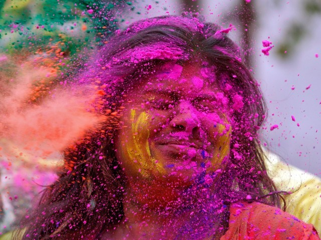 Holi 2019: Google Doodle celebrates the festival of colours