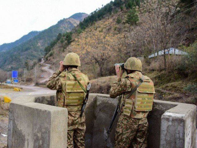 Three Pakistani soldiers martyred in unprovoked Indian firing at LOC