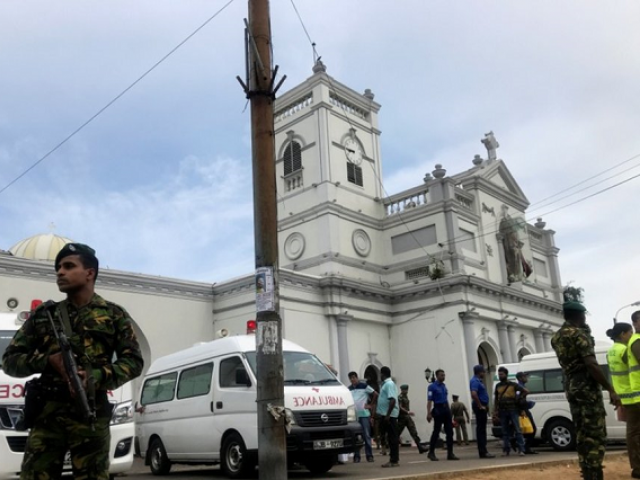 8 serial blasts at Colombo hotels and churches kill more than 200