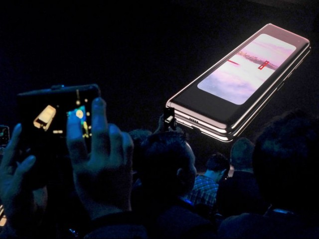 FILE PHOTO: The Samsung Galaxy Fold phone is shown on a screen at Samsung Electronics Co Ltd's Unpacked event in San Francisco, California, U.S., Feb. 20, 2019 PHOTO: REUTERS