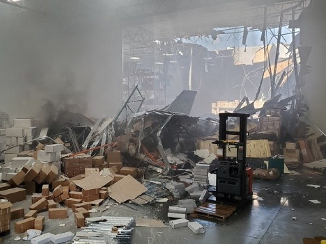 F-16 Fighter Jet Crashes Into Warehouse at California Military Base