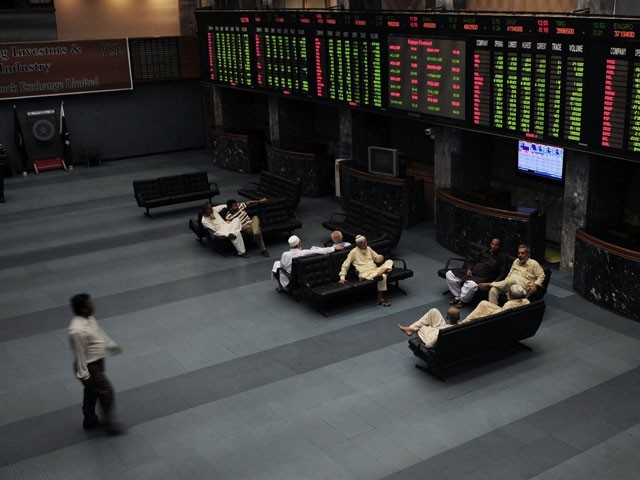 Benchmark index increases 310.78 points to settle at 34,307.11. PHOTO: FILE
