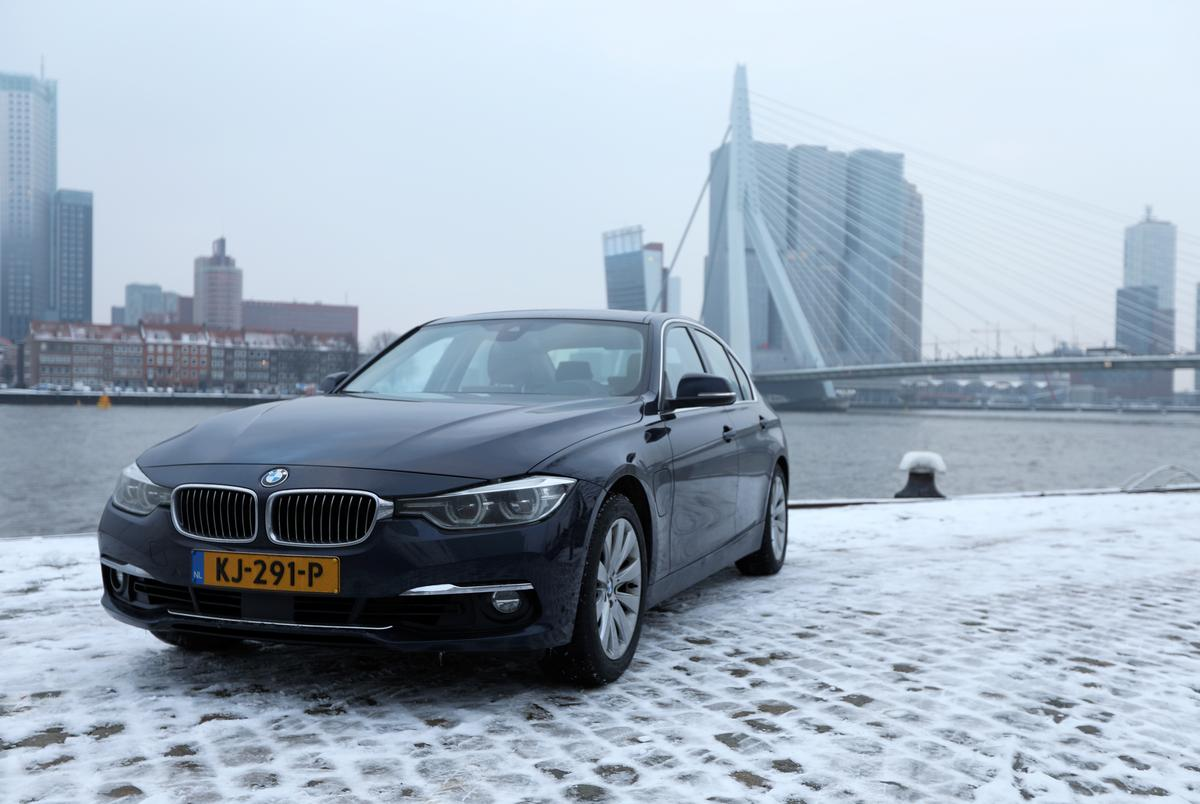 Seeking thrifty ways to cut pollution, Rotterdam links up with hybrid BMW owners. PHOTO: REUTERS