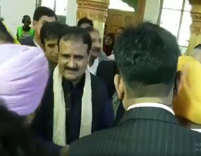 CM Usman Buzadar lays foundation stone of Baba Guru Nanak University in Nankana Sahib on Friday. SCREENGRAB