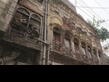 old-buildings-pindi-rain-agha-mehroz