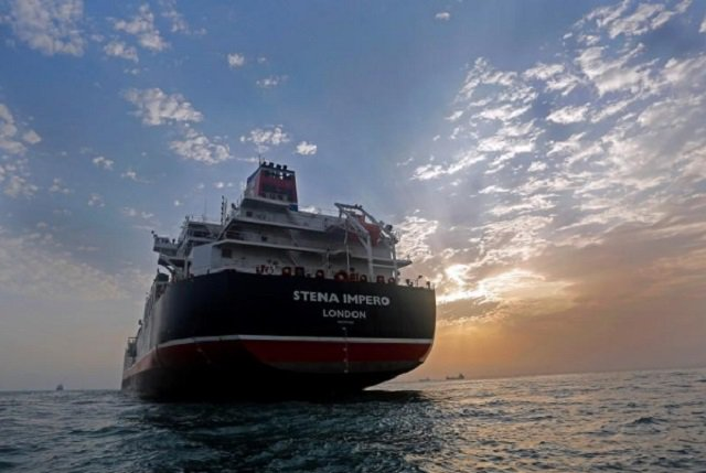 britain tells iran release ship to come out of the dark