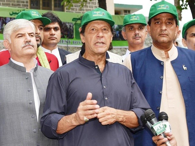 PM Imran Khan says Pakistan seventh worst affected country by global warming. PHOTO: PID
