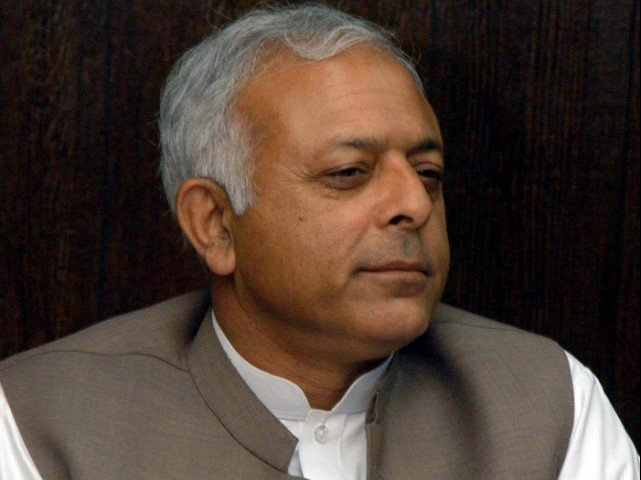 Former petroleum minister Ghulam Sarwar Khan. PHOTO: EXPRESS/FILE