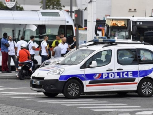 Afghan Man Detained Following Mass Knife Attack In France