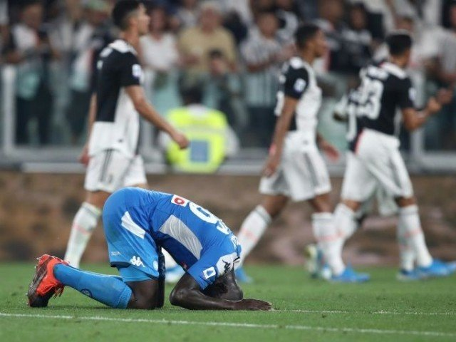 Koulibaly spoils Napoli comeback party, as Juventus win 4-3