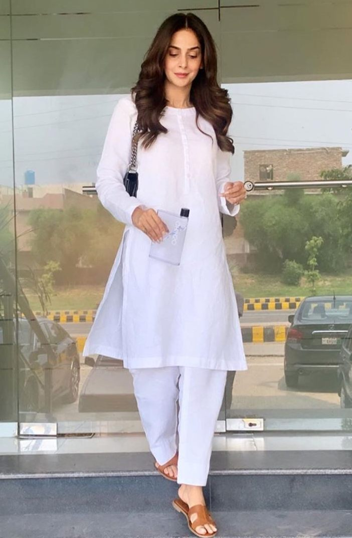 PHOTO: INSTAGRAM/SABA QAMAR