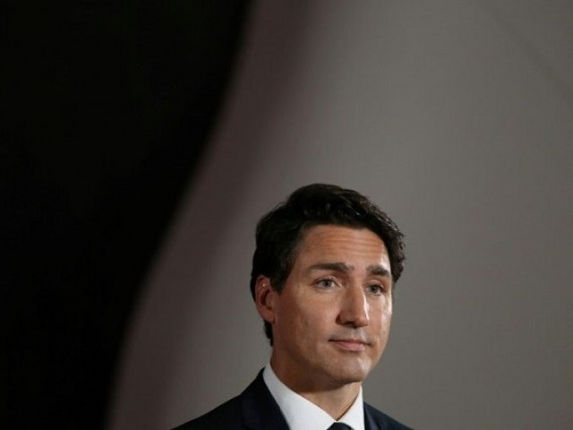 Justin Trudeau warns against Conservative cuts on second election visit to Windsor