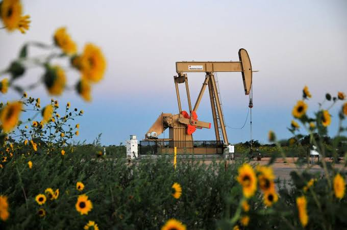 Oil prices decline on rising USA inventories