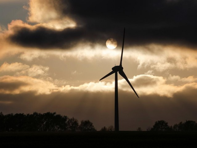 IEA: Global Energy Investment Shrinks