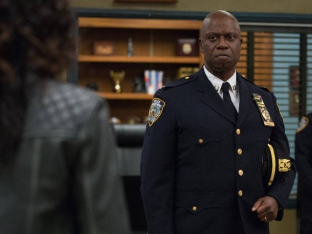 'Brooklyn Nine-Nine' cast donates $100,000 to bail relief fund for protesters
